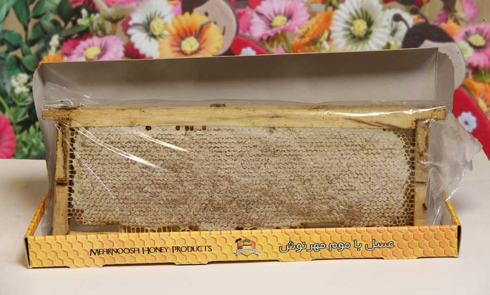 عسل با موم چوبی